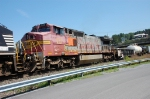 A faded BNSF Warbonnet heads west.