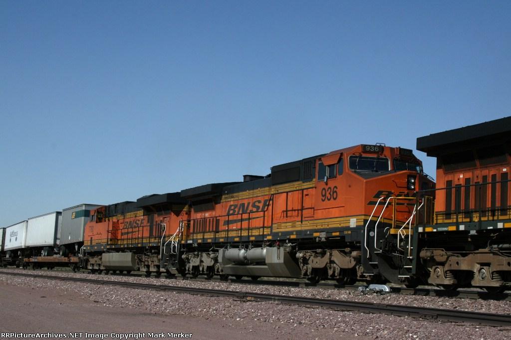 BNSF 936