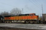 Close of BNSF 4037 on NS empty coal