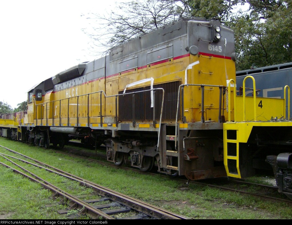 SD40T-2 in Morretes