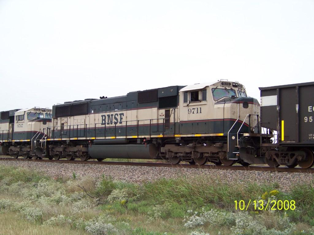 BNSF SD70MAC 9711