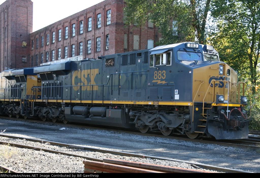 CSX 883