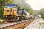 CSX 7804 leads the S370 on the heels of the Q226