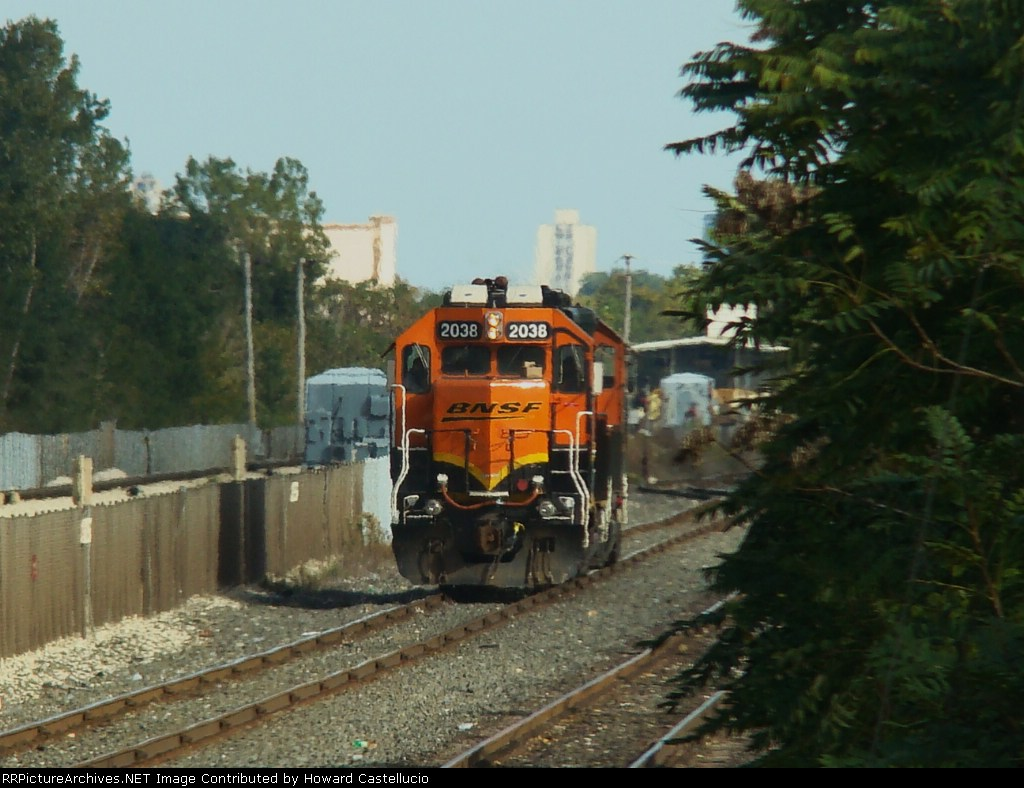 """With a pair of """"Winabegos"""" BN #2038 toddles on down the former Conrail 49 line back to Corwith yd"""