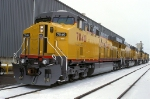 UP 7040, GE AC4460CW convertible, 5-NEW units at Proviso Yard