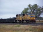 A Pair of SD70M's Lead a Freight Manifest West