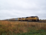Two Different SD70M Versions Lead Autoracks