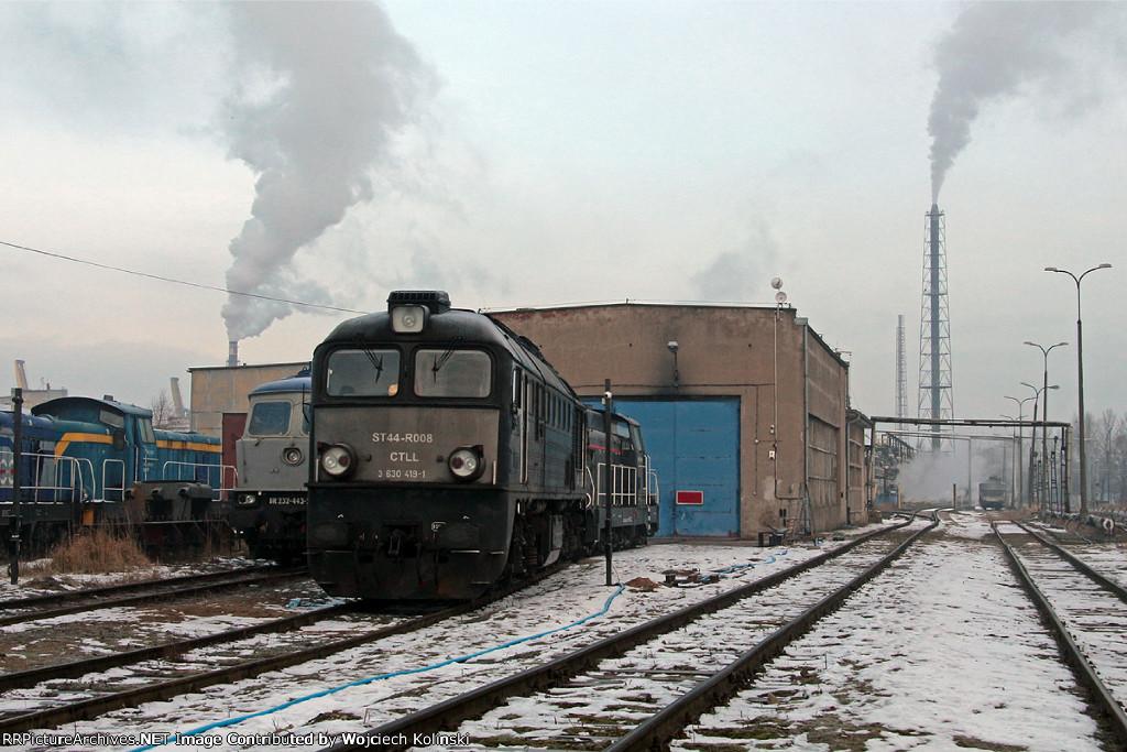 ST44-R008