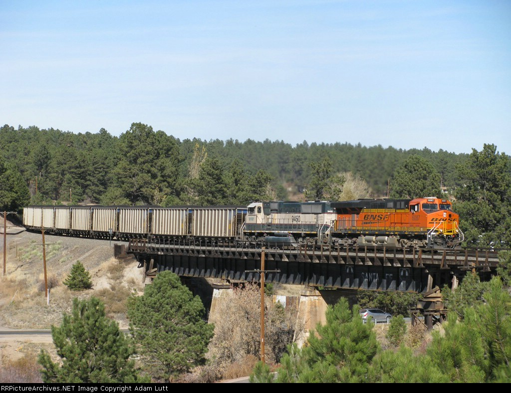 BNSF 6087 Across the Ex/ ATSF bridge