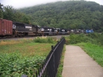 Norfolk Southern 3375, 3352, 9154, 6586, 3339, and 6628 at Horshoe Curve