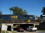 CSX 4543 thunders over the pickups