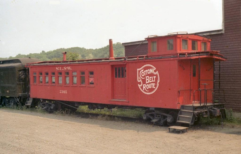 St Louis, Southwestern Railway Long Caboose 2305