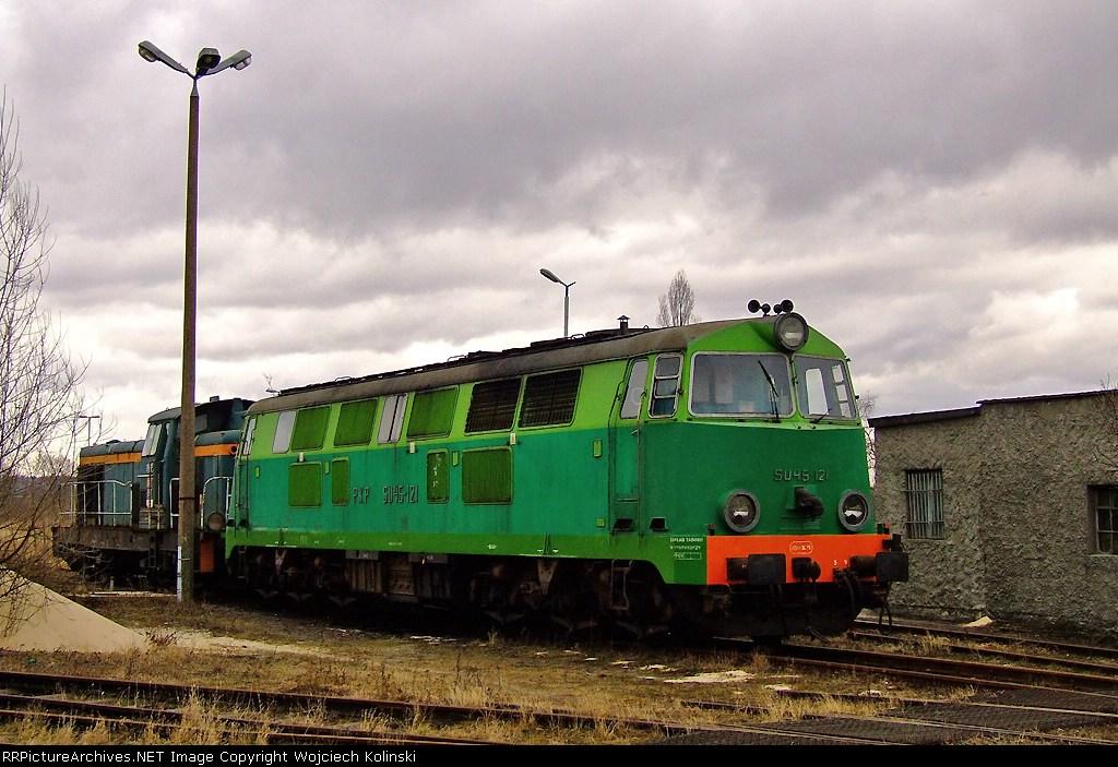 SU45-121