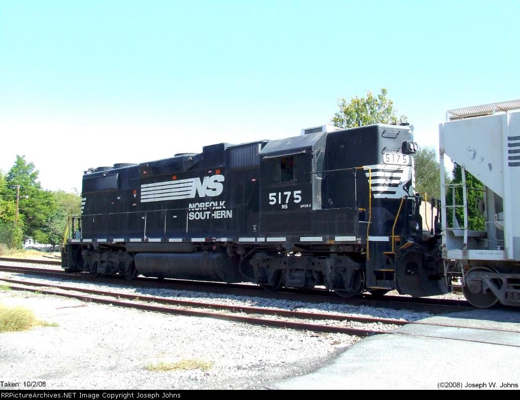 NS 5175