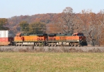 BNSF 1069/BNSF 5165 cruising along at 60mph