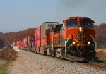 BNSF 1069 picking up speed