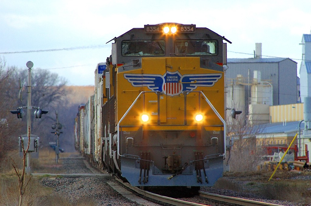 UP 8354, SD70ACe leads an Eastbound