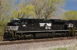 NS 1091, EMD SD70ACe, on the BNSF at