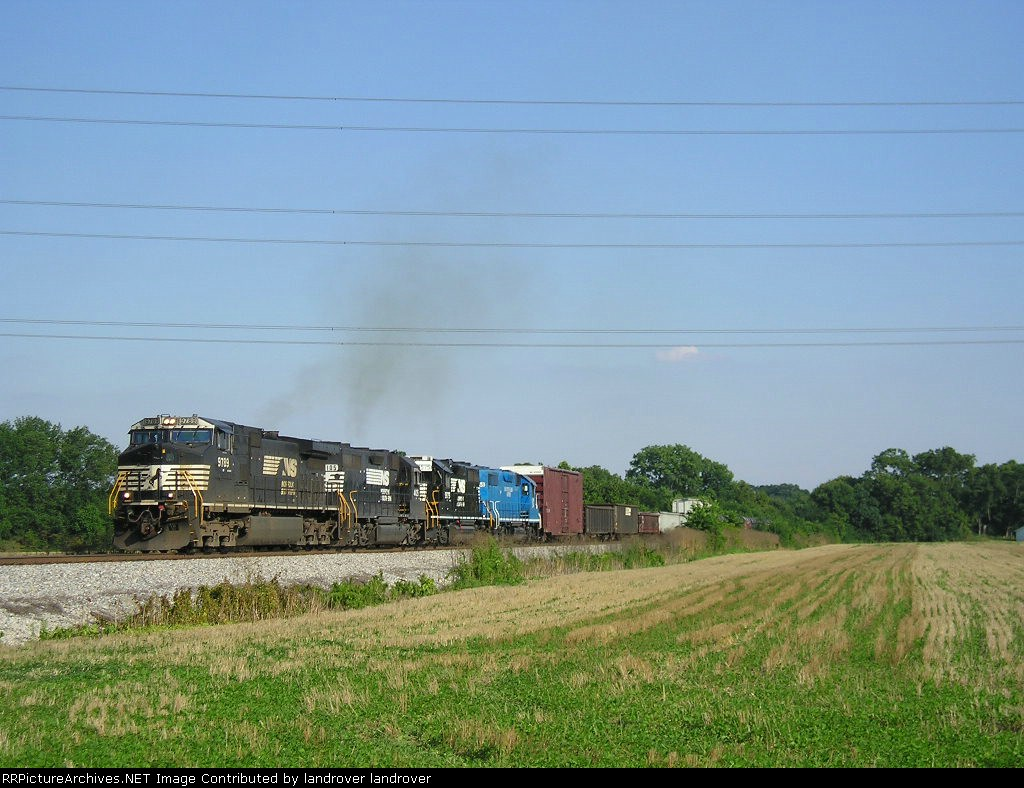 NS 9789 On NS 124 Westbound