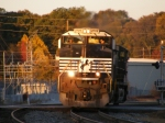 NS 2705 leads a Northbound Light Power Move