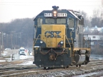 Y103 cruises into the yard with 6083