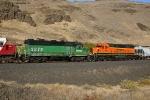 BNSF GP39M 2870 & SD40-2 7873