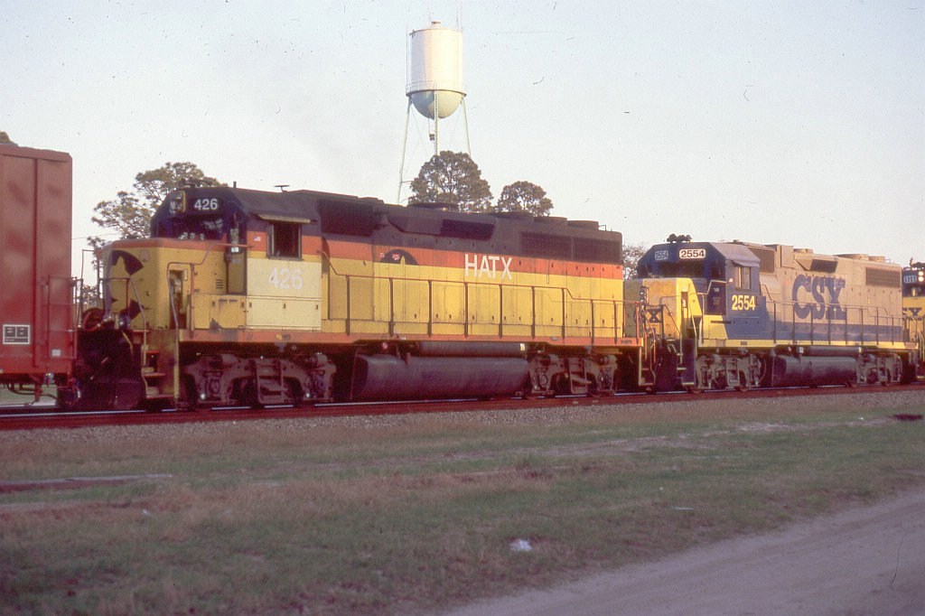 HATX 426 on a SB freight