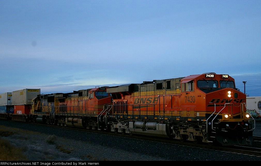 BNSF 7430 West