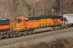 BNSF 7700 on CSX Q381-02