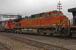 BNSF 4925 on CSX Q380-05