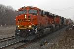 BNSF 7462 on CSX Q365-12