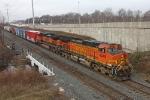 BNSF 4949 on CSX Q380-15