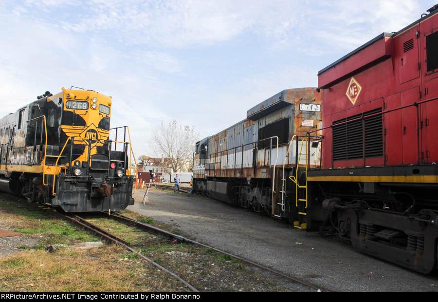 3 locomotives, 3 builders. in October 2014.