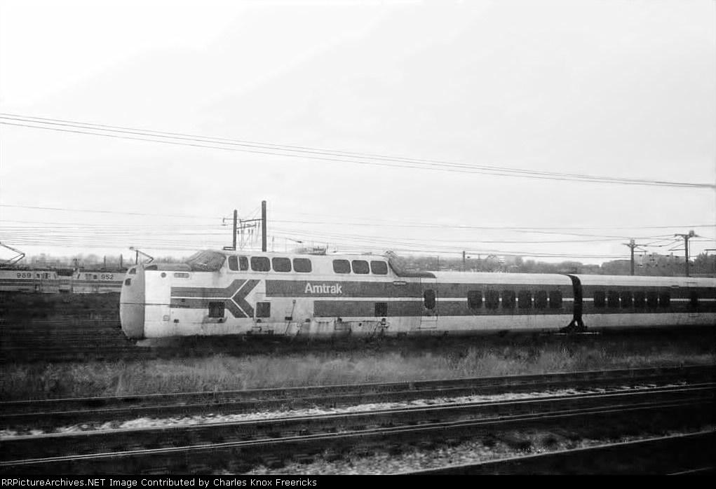 "Amtrak's United Aircraft ""TurboTrain"" rusts at Ivy City"
