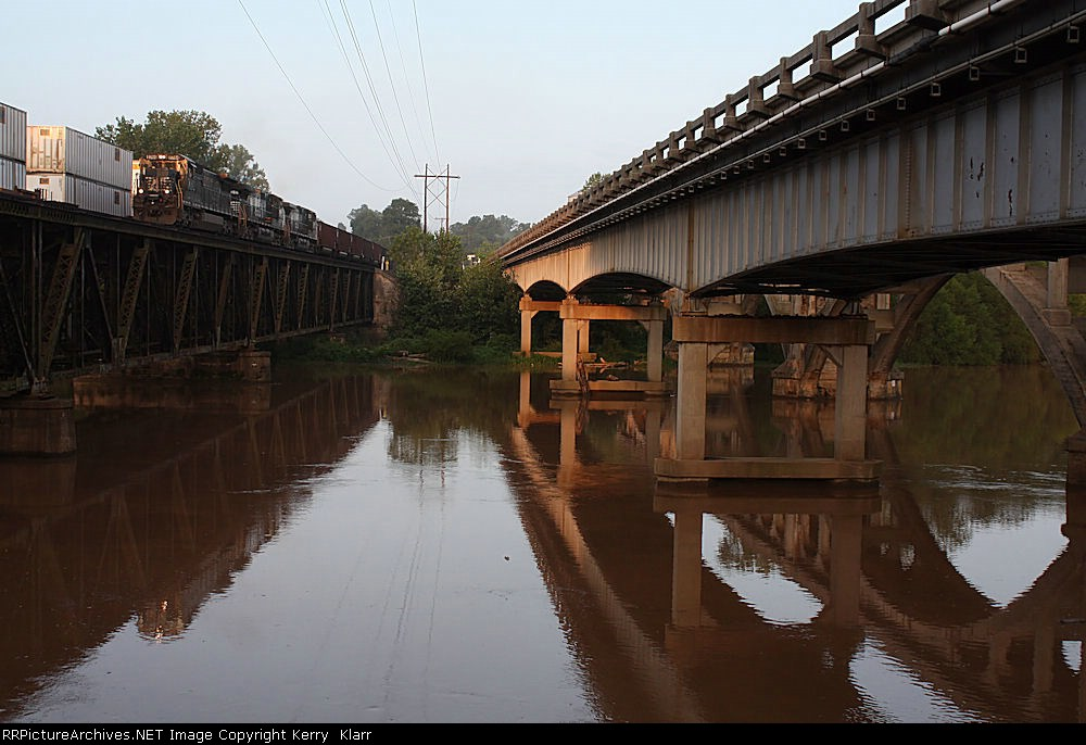 NS 8744 crossing the Yadkin River