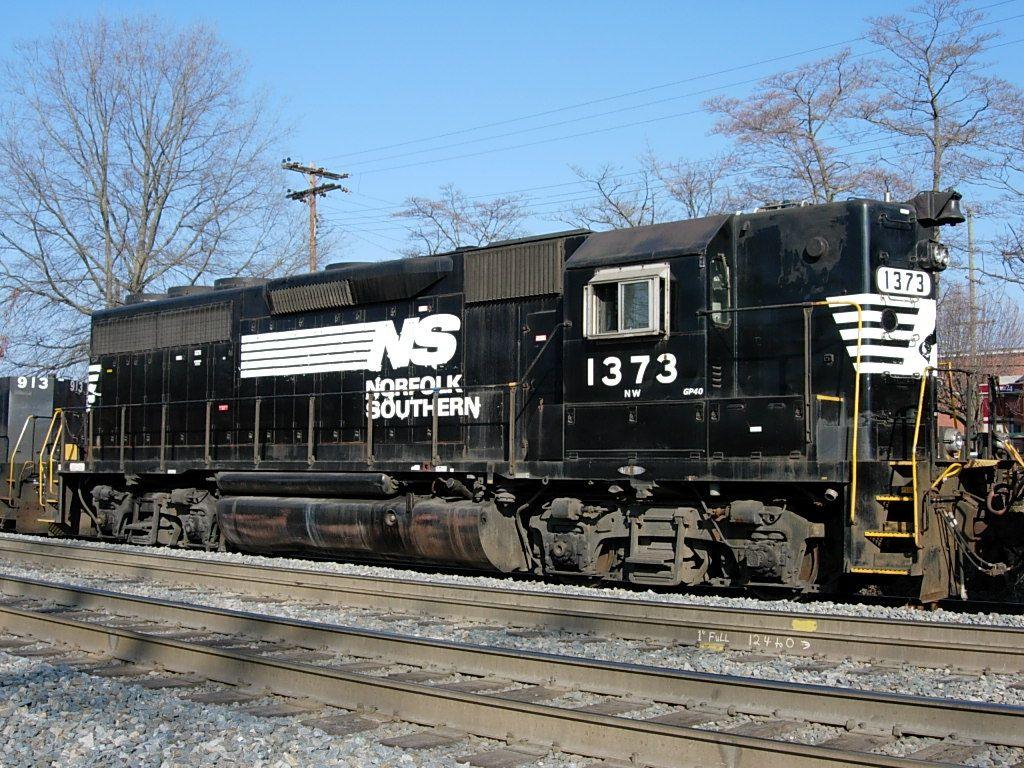 GP40 1373