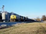 Q525 slowly moves toward the Memphis Jct Road crossing 1/2/2009