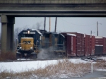 CSX 6921 kicks up snow as they head out onto the Memphis Line 1/28/09