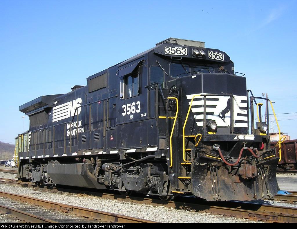 NS 3563 At Guest St Yard