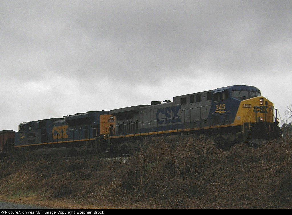 CSX 345 & 4843 and no stopping this time
