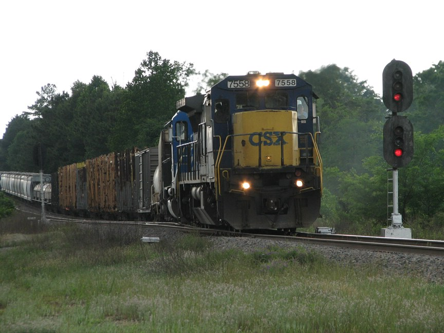 May 13, 2006 - CSX 7558 leads F788