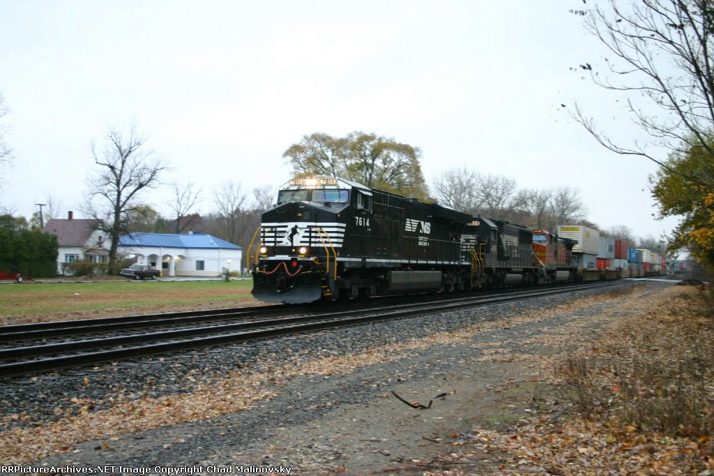 NS 7614 west