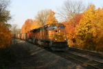BNSF 8952 struggles upgrade with coal loads