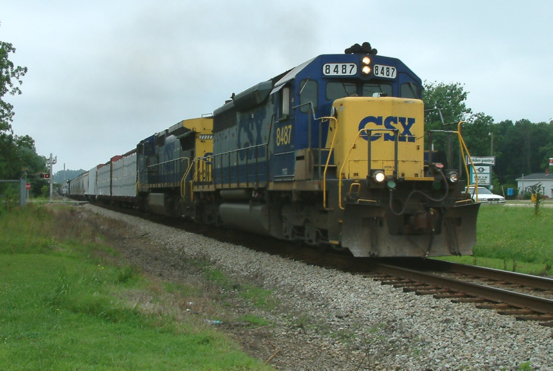 CSX 8487 leads this NB train
