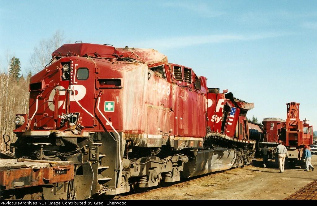 CP 9563 ,CEFX 136 ,CP 9523, middle remote CP 9558.