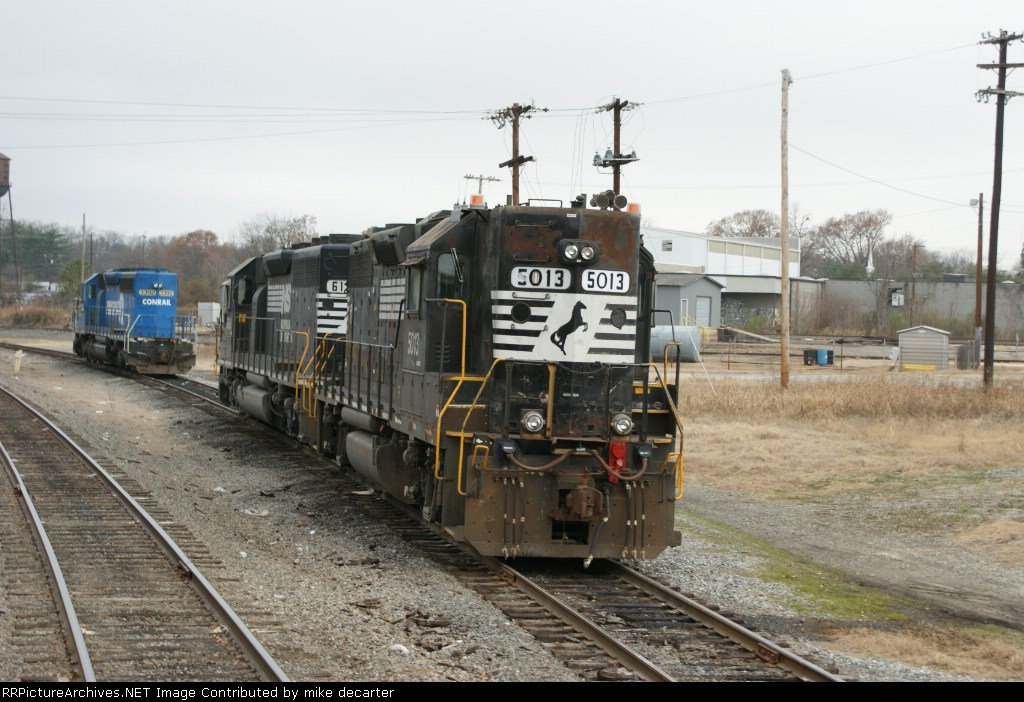 NS 5013 AND 6121 on local duty