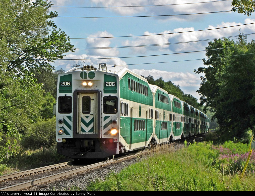 Go Train at path crossing in Newmarket