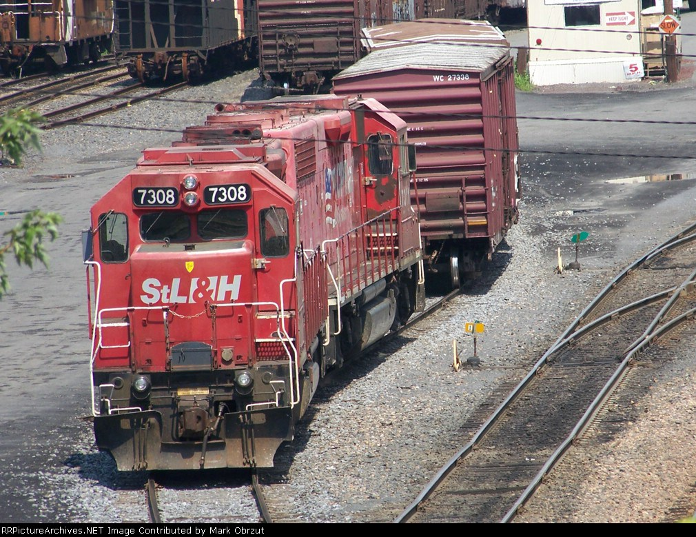 Canadian Pacific 7308 and 7311