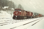 Eastbound stack train awaits new crew