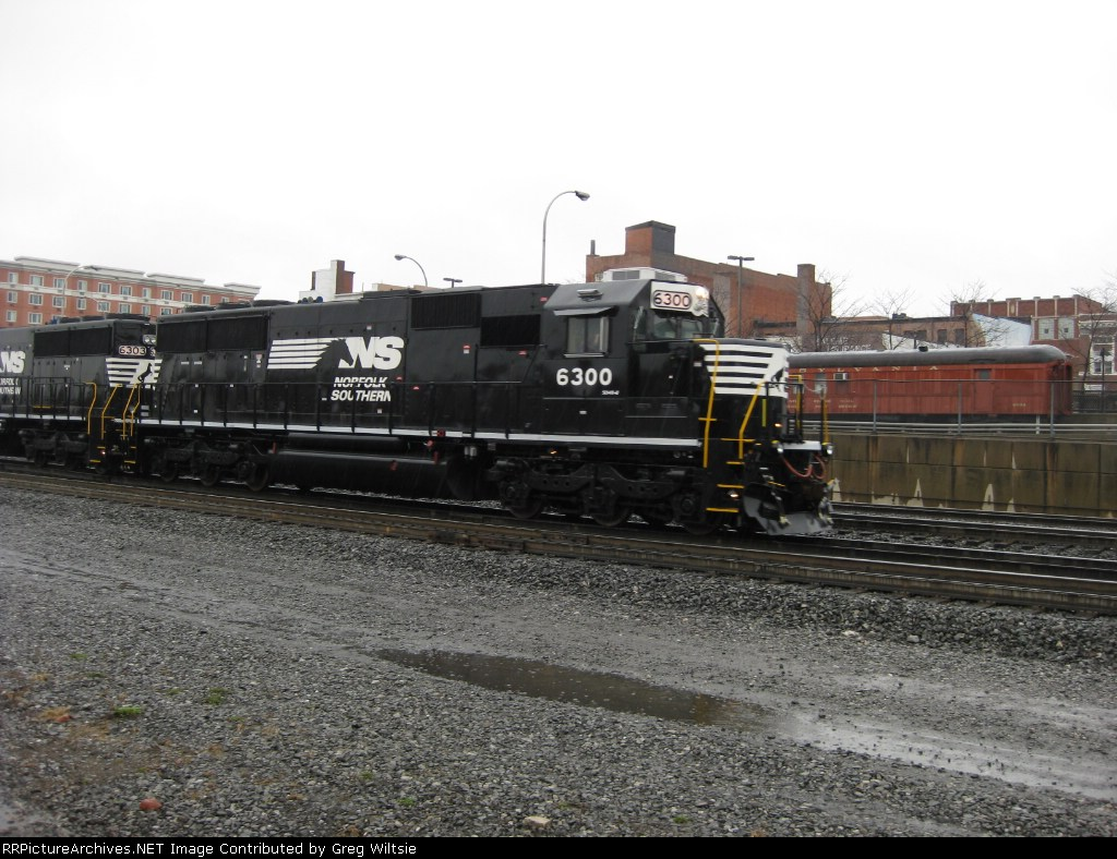 NS SD40E 6300 with 6303 running tests and as helpers